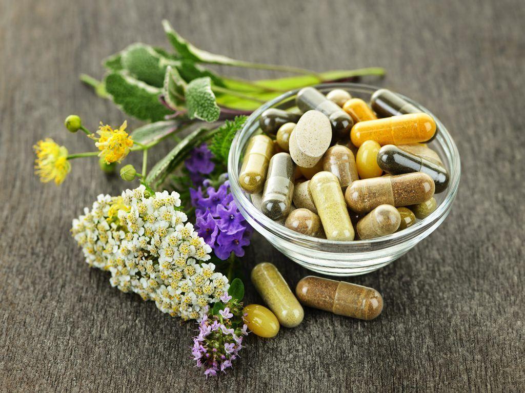 Kraeter-flavanoide und pflanzliche Nahrungserngaengzungen